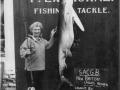 1955-07-21-132.5lbs-blue-shark-caught-by-H-Eathorne-new-British-ladies-record